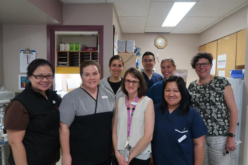 Annemarie Kaan (far right) & Kirsten Redman (middle) with the 5A nursing unit team